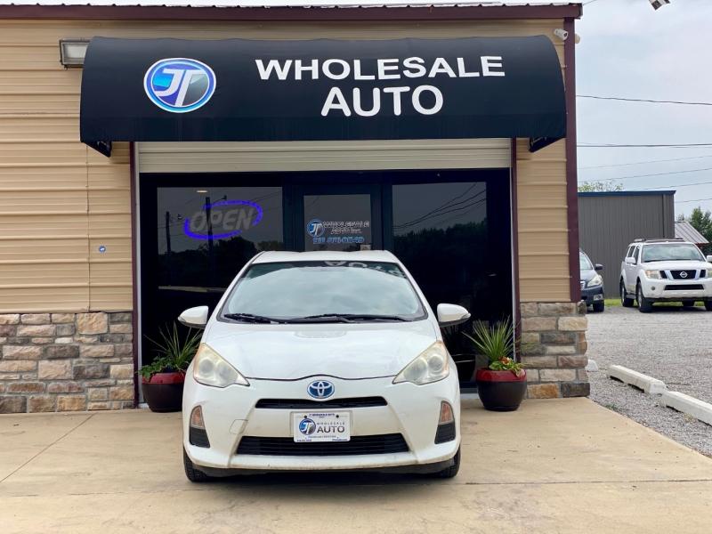Toyota Prius c 2012 price $4,998