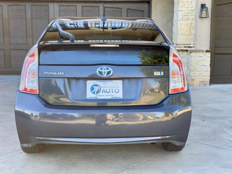 Toyota Prius 2014 price $8,998
