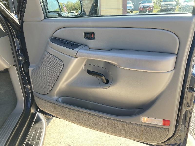 Chevrolet Tahoe 2004 price $3,998