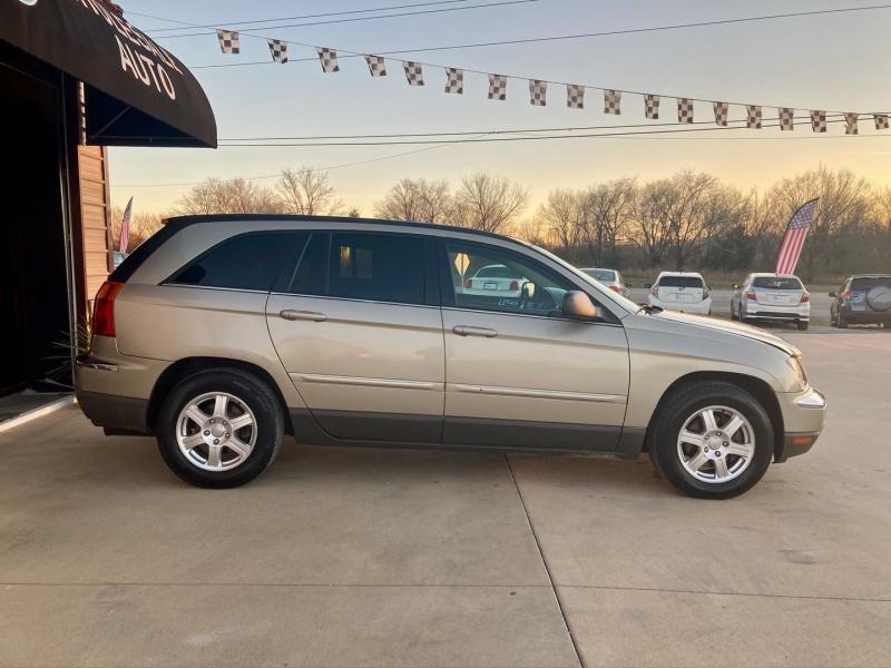 Chrysler Pacifica 2006 price $3,998