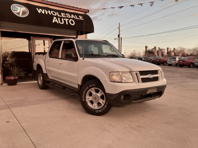 Ford Explorer Sport Trac 2003 price $5,998