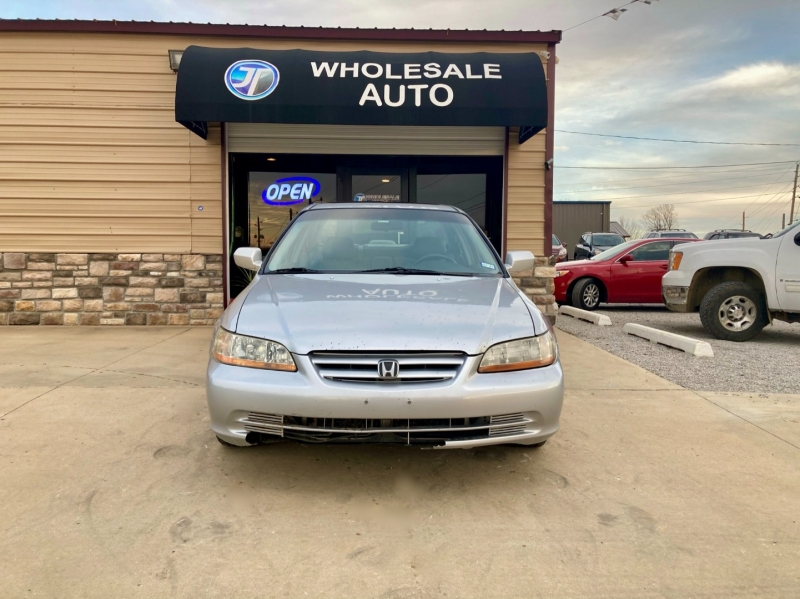 Honda Accord 2002 price $2,298
