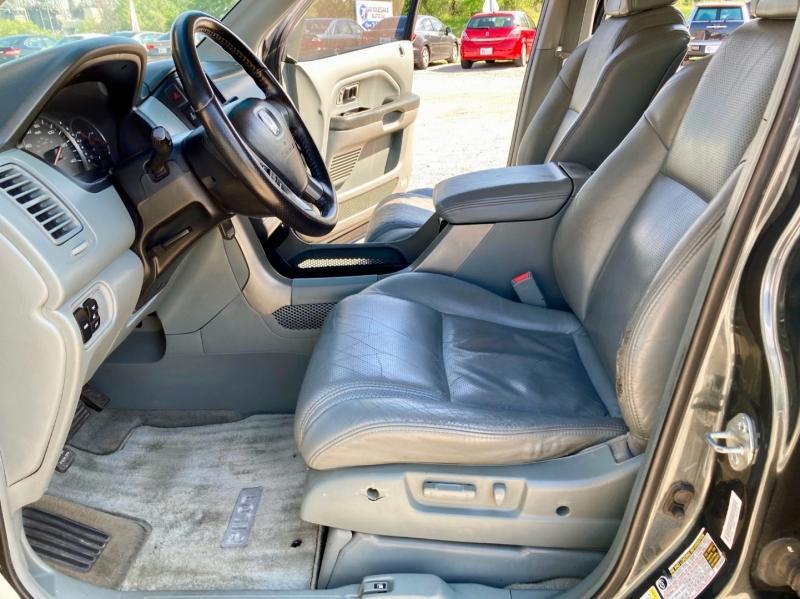 Honda Pilot 2004 price $5,498