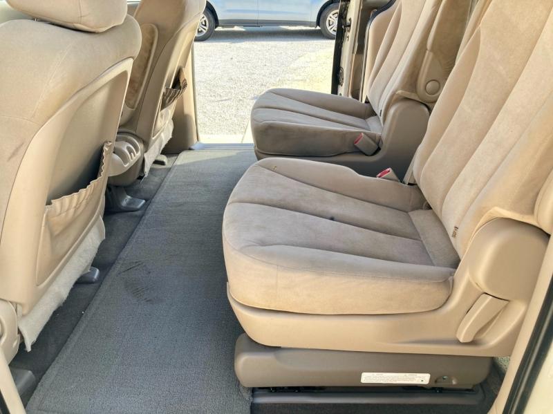 Kia Sedona 2010 price $4,998