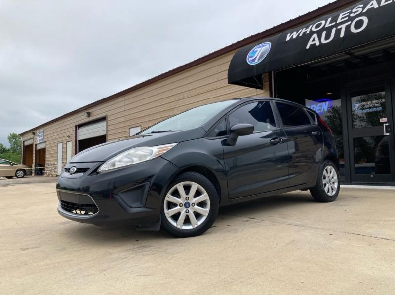 Ford Fiesta 2011 price $4,998