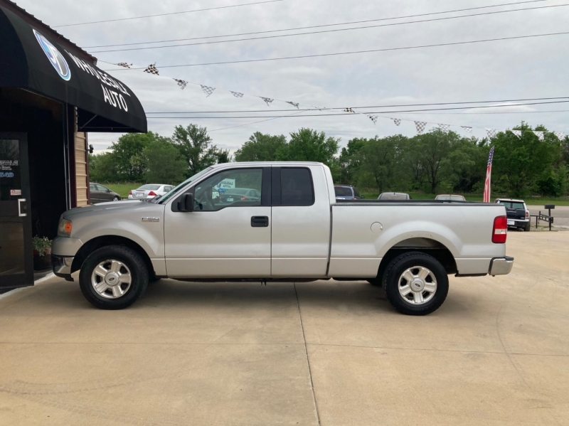 Ford F-150 2004 price $6,498