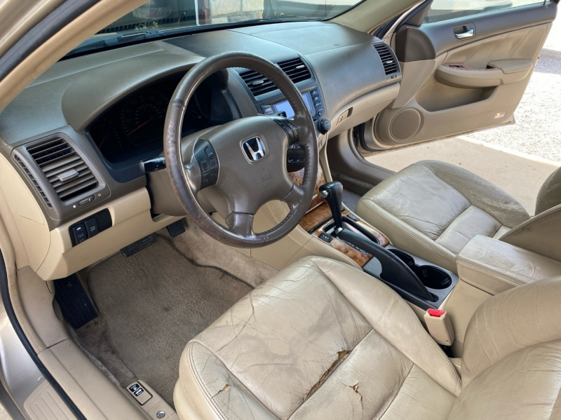 Honda Accord Sdn 2004 price $4,798