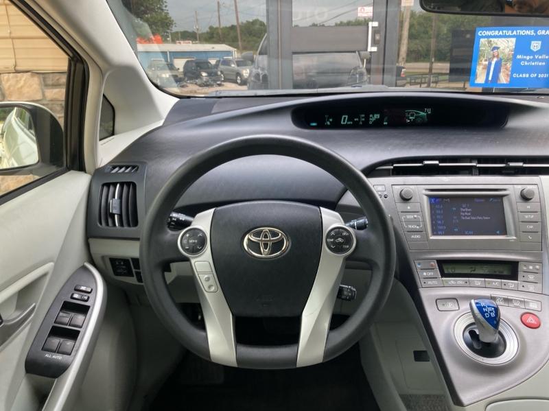 Toyota Prius 2012 price $6,498