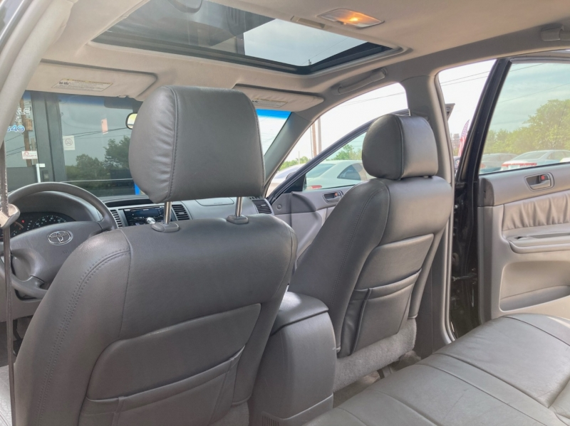 Toyota Camry 2004 price $3,598