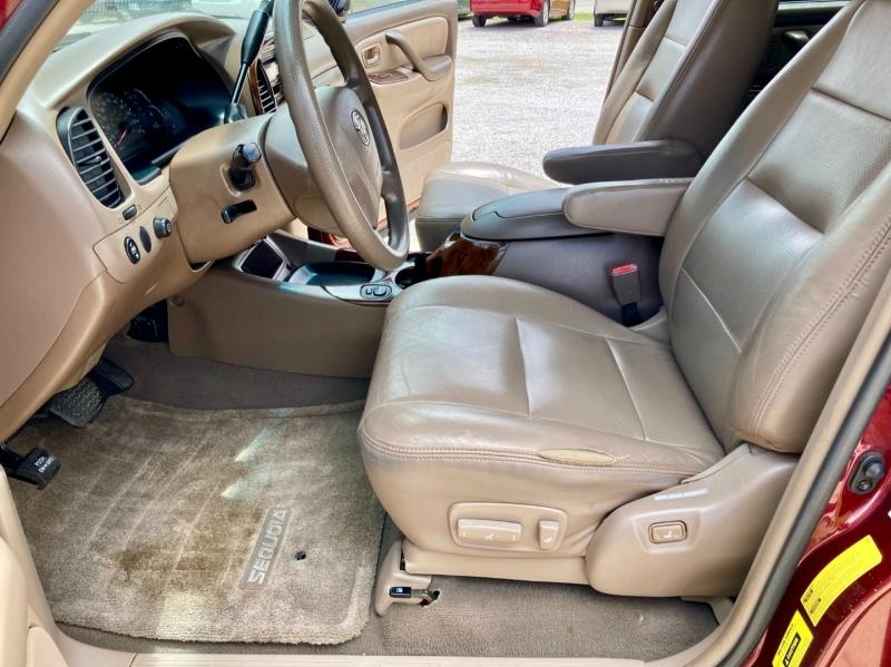 Toyota Sequoia 2004 price $5,998