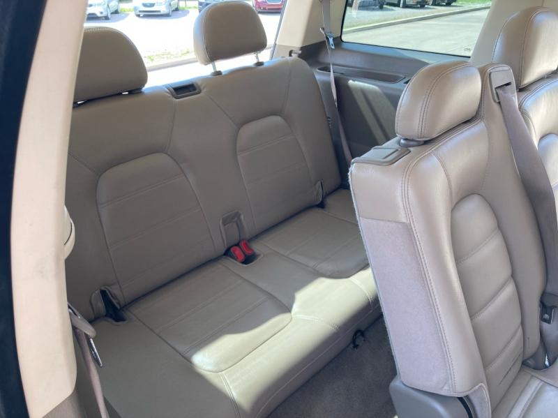 Ford Explorer 2004 price $3,998