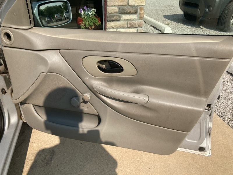 Ford Contour 1999 price $1,598