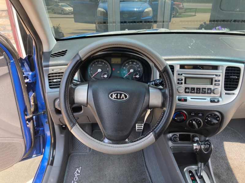 Kia Rio 2007 price $5,998