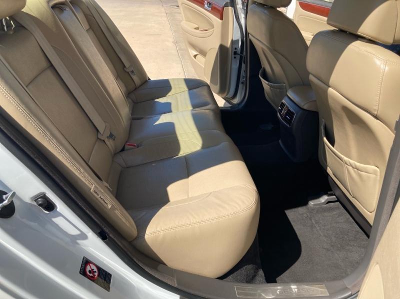 Hyundai Genesis 2012 price $4,998