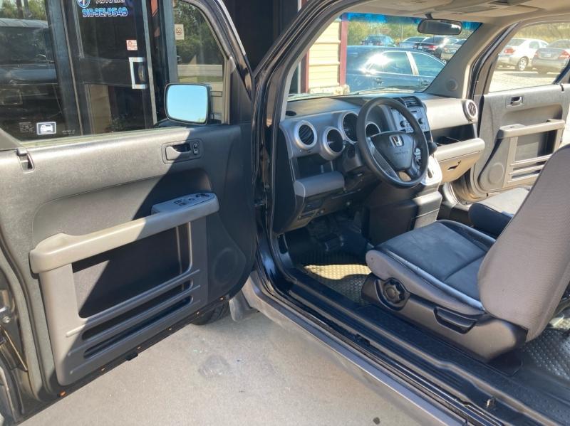 Honda Element 2004 price $3,998