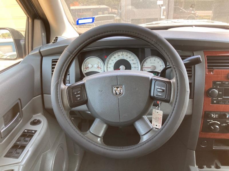 Dodge Durango 2005 price $4,498
