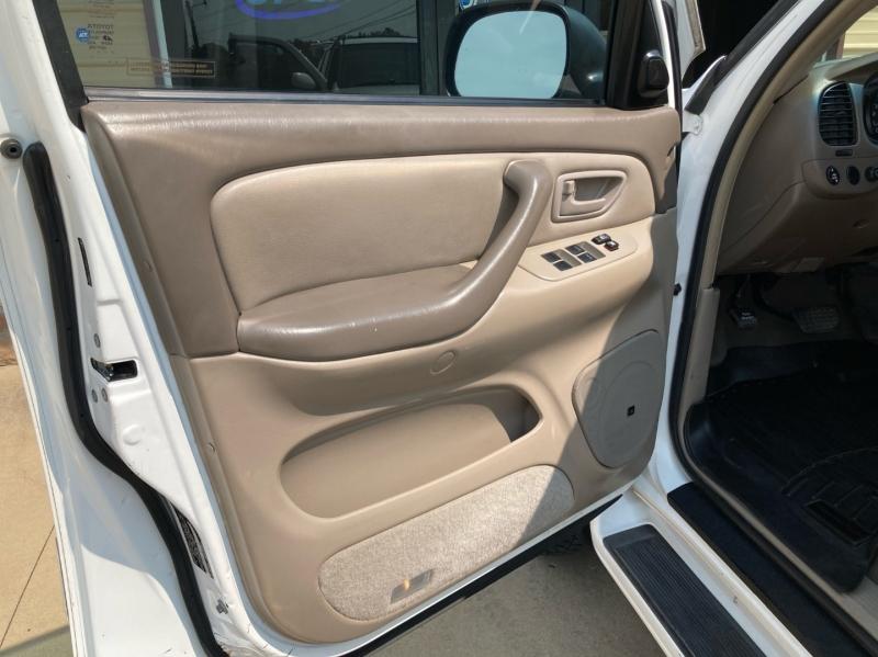 Toyota Sequoia 2007 price $7,998