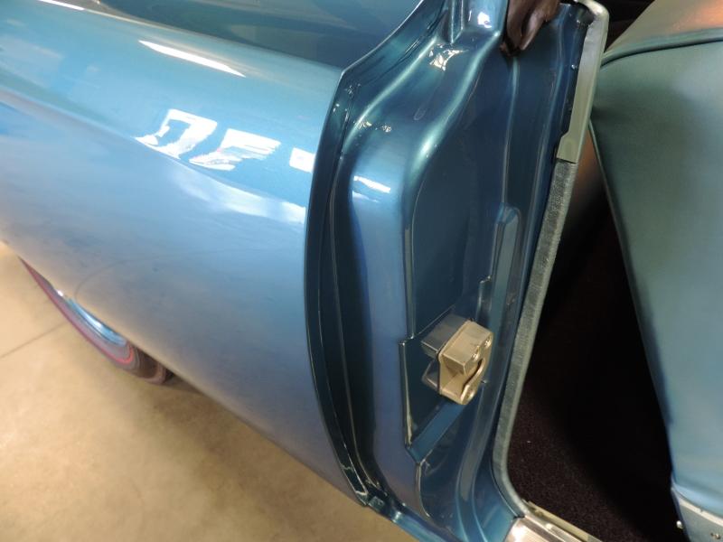 Plymouth HEMI Road Runner 1968 price $189,980