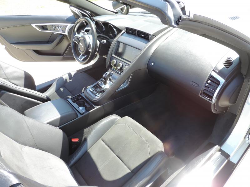 Jaguar F-TYPE 2019 price $48,980