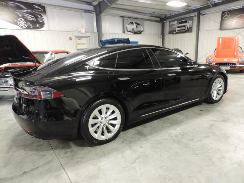 Tesla Model S 2018 price $57,980