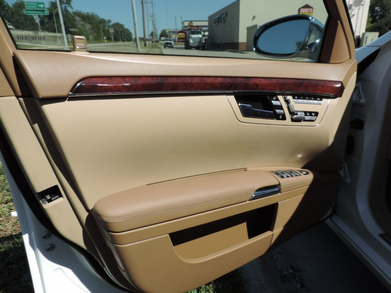 Mercedes-Benz S-Class 2007 price $14,980