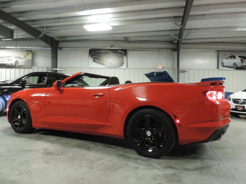 Chevrolet Camaro 2019 price $25,980