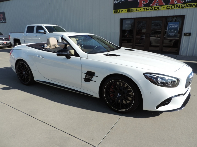 Mercedes-Benz SL 2017 price $94,980