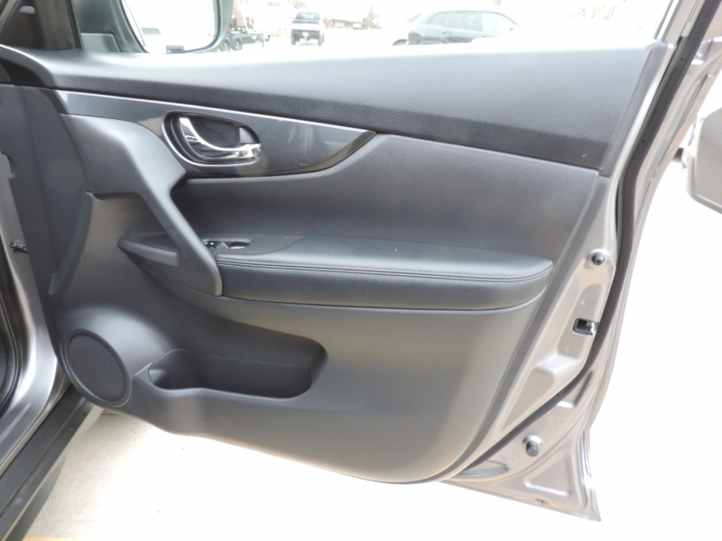 Nissan Rogue 2020 price $19,980