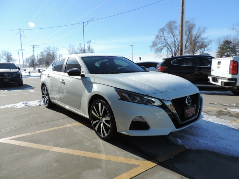 Nissan Altima 2020 price $19,480