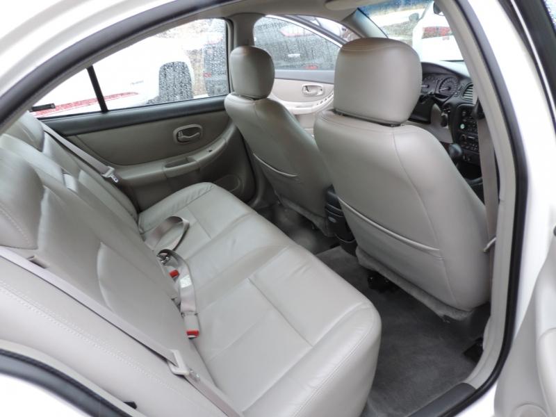 Oldsmobile Intrigue 2002 price $5,980