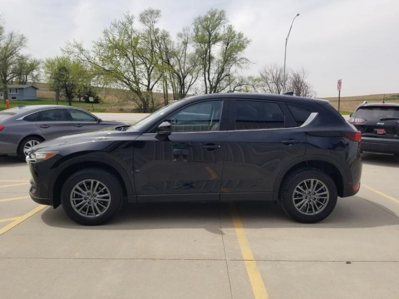 Mazda CX-5 2017 price $21,980