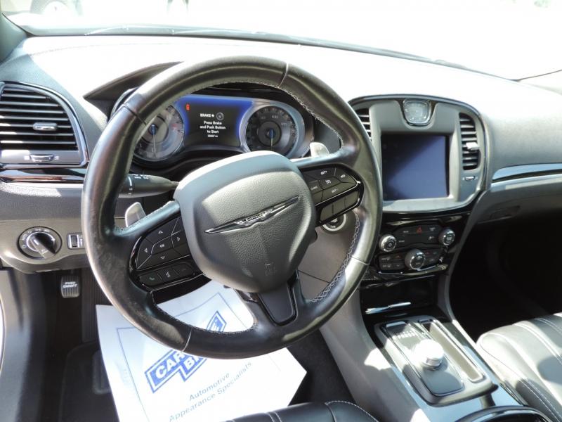 Chrysler 300 2019 price $29,980