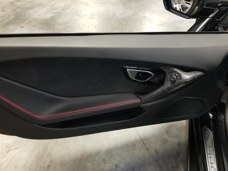 Lamborghini Huracan EVO 2021 price $294,980