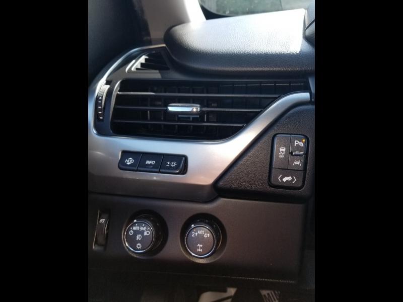 Chevrolet Suburban 2018 price $58,980