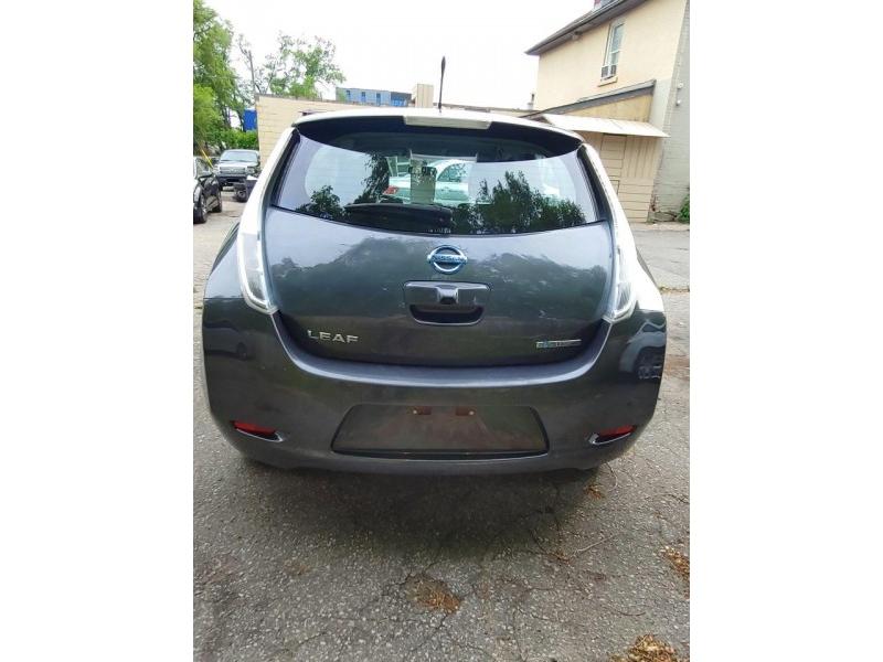 Nissan Leaf 2013 price $7,200