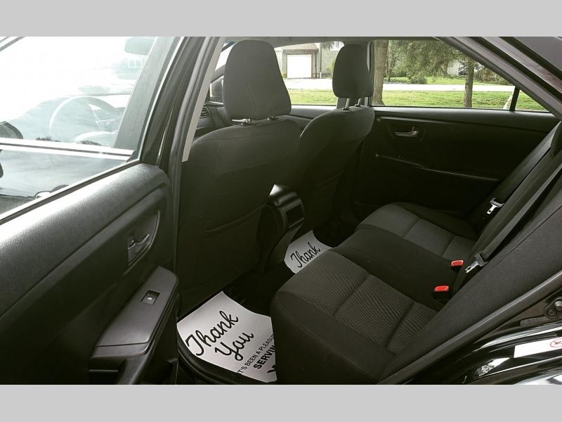 Toyota Camry 2017 price $11,000