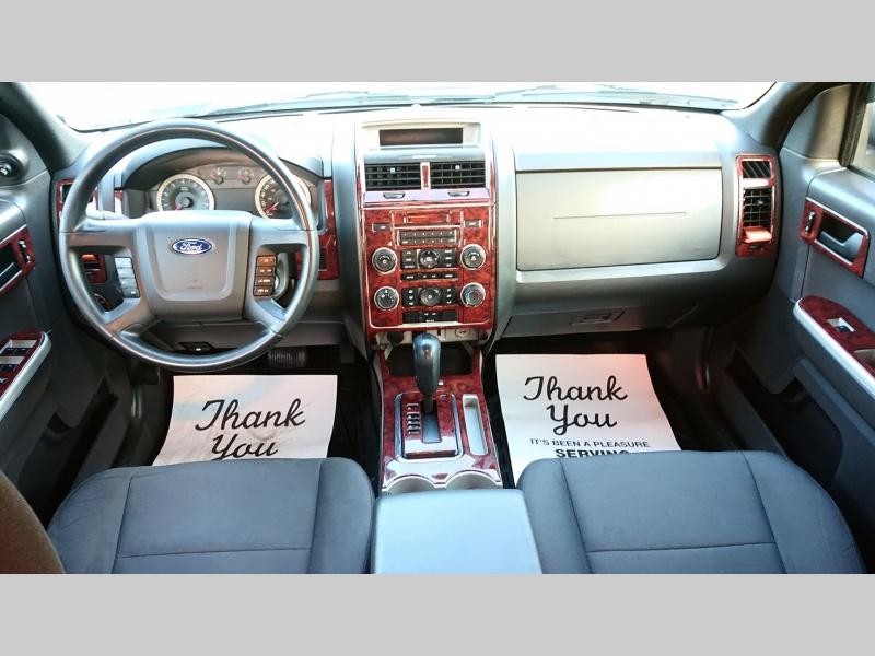 Ford Escape 2011 price $5,999