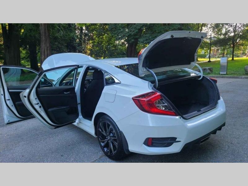 Honda - 2020 price $19,500