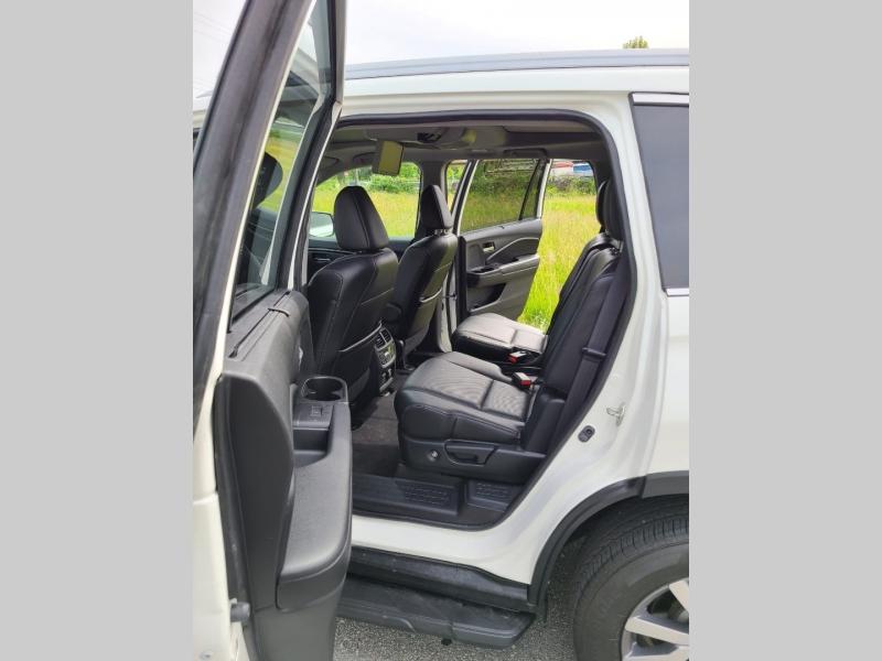 Honda Pilot 2019 price $33,000