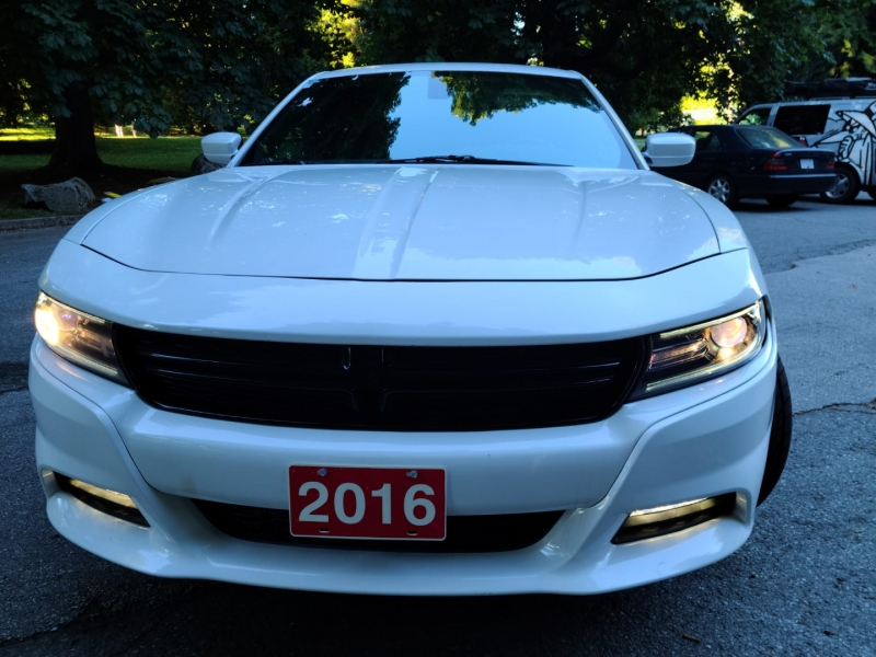 Dodge Charger 2016 price $17,500