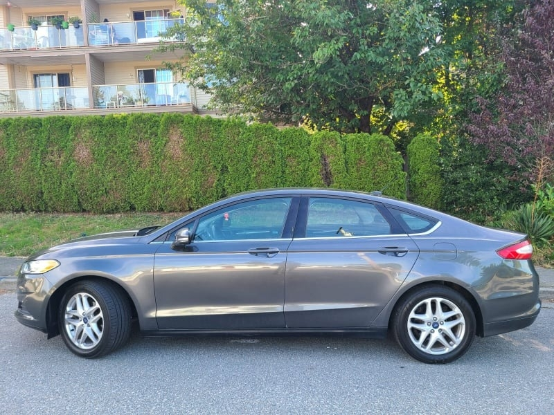 Ford Fusion 2016 price $10,700