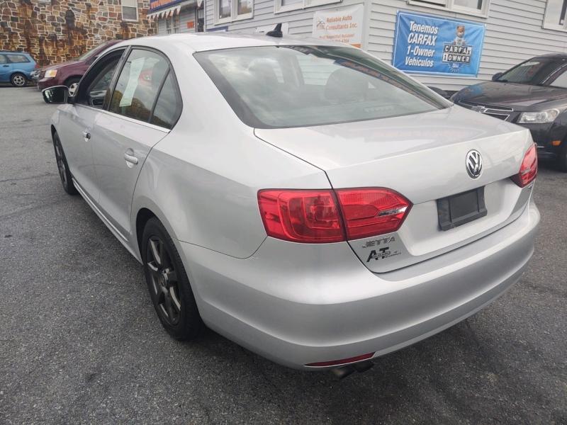Volkswagen Jetta 2014 price $7,290