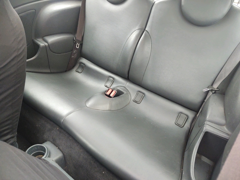 Mini Cooper Hardtop 2002 price $2,295