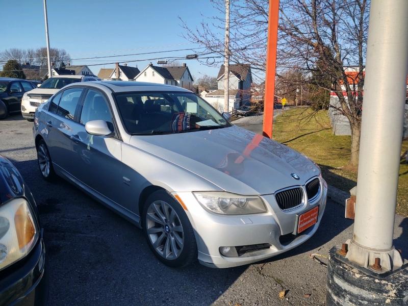 BMW 3-Series 2011 price $7,890