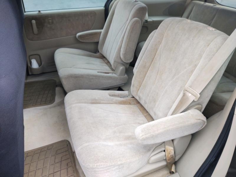 Mazda MPV 2001 price $1,450 Cash
