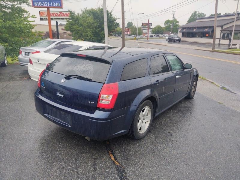 Dodge Magnum 2005 price $3,495