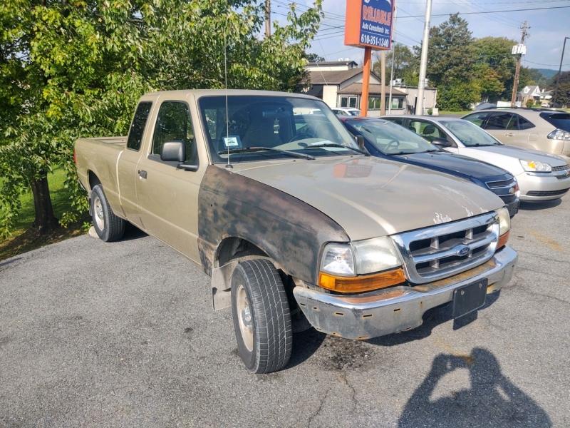 Ford Ranger 2000 price $2,890 Cash