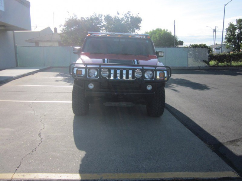 Hummer H2 2004 price $20,800