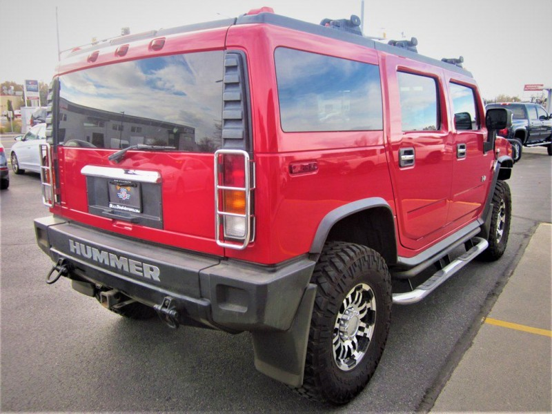 Hummer H2 2004 price $19,800