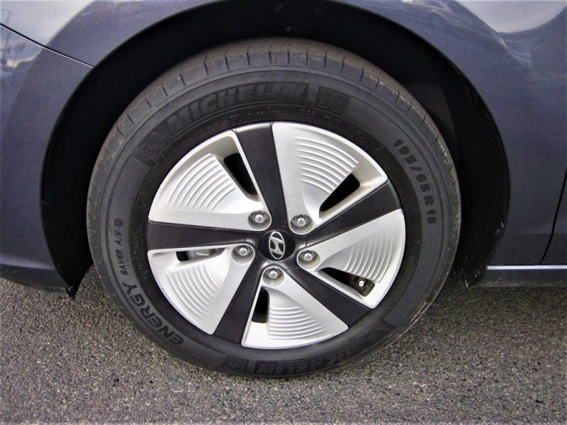 HYUNDAI ELANTRA GT 2019 price $13,900